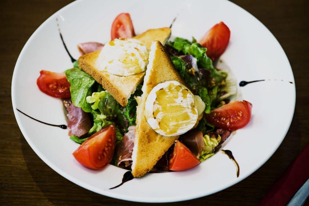 Watson's Pub - La salade de chèvre chaud